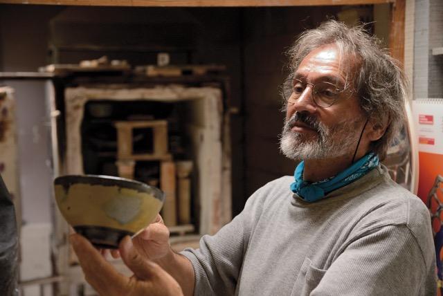 Eduardo Constantino no seu ateliê