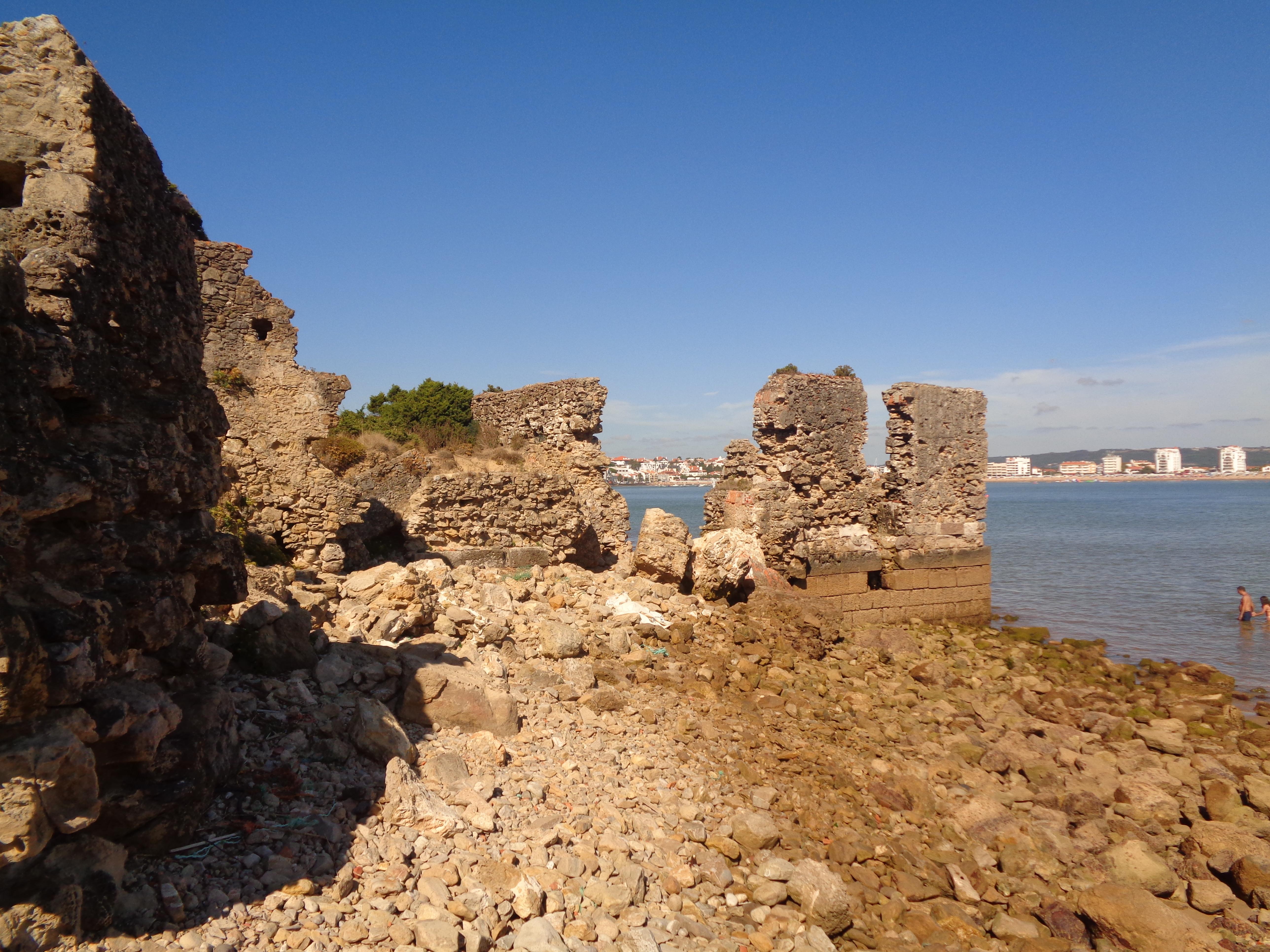 Alfândega - medieval - Salir do Porto